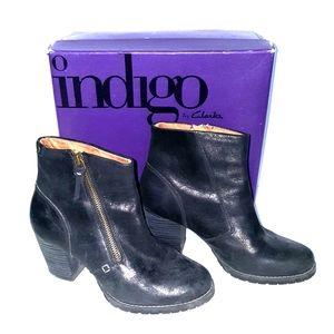 Clark's Indigo distressed blk leather boots 6.5